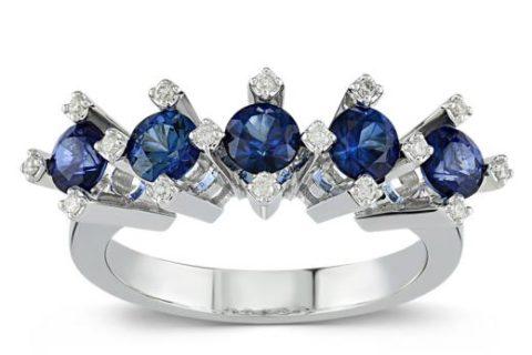 Çarpıcı ve Modern Mücevherlerle Tanışın